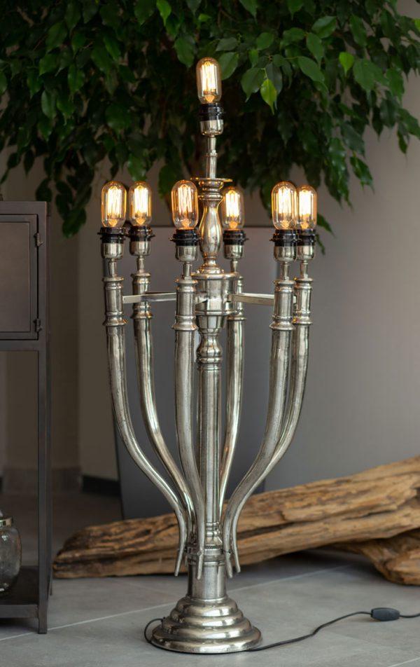 Design 7 ágú asztali lámpa